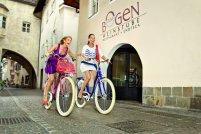 city bikes, women cycling